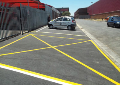 Mikes-Place-parking-3